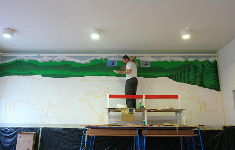 Oslikavanje zida, osnovna škola u Ličkom Osiku 2011.