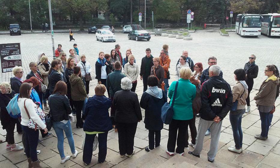 Učitelji iz vukovarskih škola i ove su godine, povodom Dana učitelja, organizirali kolektivno putovanje, na kojem su, ovaj put, posjetili Makedoniju, Grčku i Bugarsku. Imala sam sreće biti s njima na tome putu.