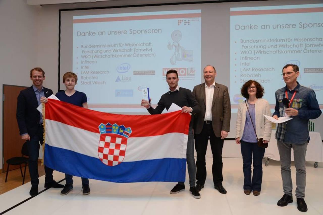 1. mjesto Rescue maze, tim Robofreak, kapetan Ivan Kolarić i Josip Skender