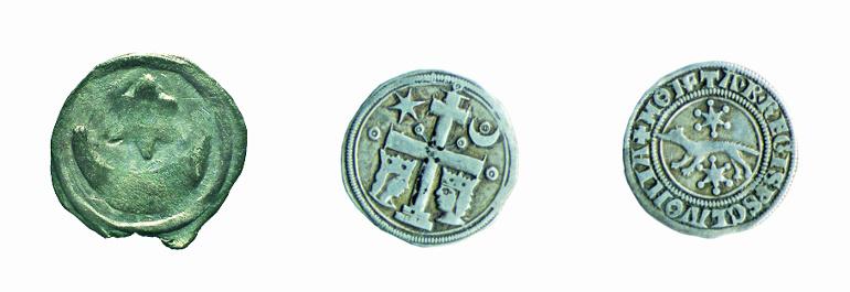 Obol iz XII. stoljeća i banski denar iz XIII. st. sa simbolima mjeseca, zvijezde i krune